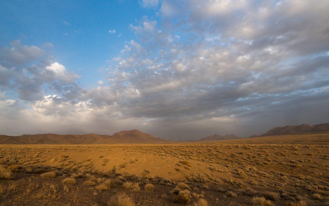 Rallye Dakar in der Kavir und Wüstenoasen