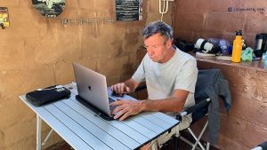20190504 Norbert At Work Botswana RJZB7135